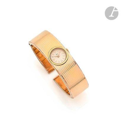 LIP. Vers 1960 N°384166 Montre bracelet...