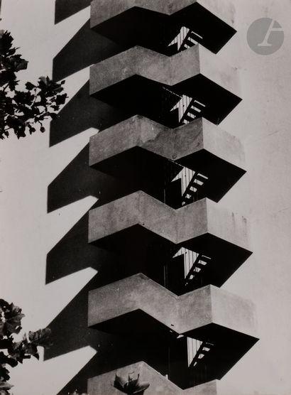*Dr. Janos Szasz (1925-2005) Sans titre [escaliers...