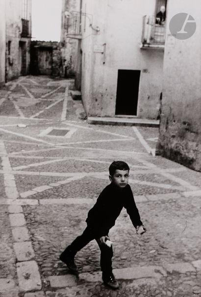 *Enzo Sellerio (1924-2012) Cefalu, 1969....