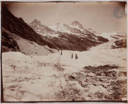 Maison Adolphe Braun Alpes. Glaciers, c. 1867-1880. Mer de Glace et les Schreckhörner....
