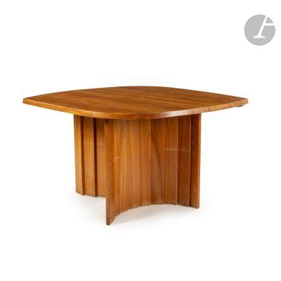 PIERRE CHAPO (1927-1987) TGV (Table à Géométrie Variable), le modèle conçu vers...