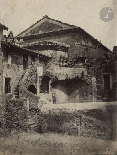 Adriano de Bonis Rome, 1850-1860. Cour derrière...