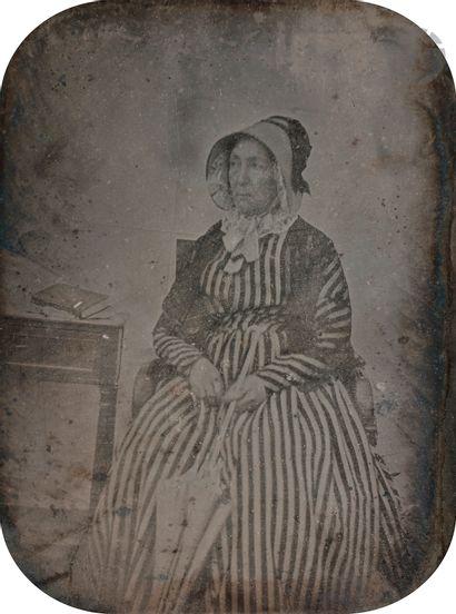 Daguerréotypiste non identifié Femme à l'ombrelle,...