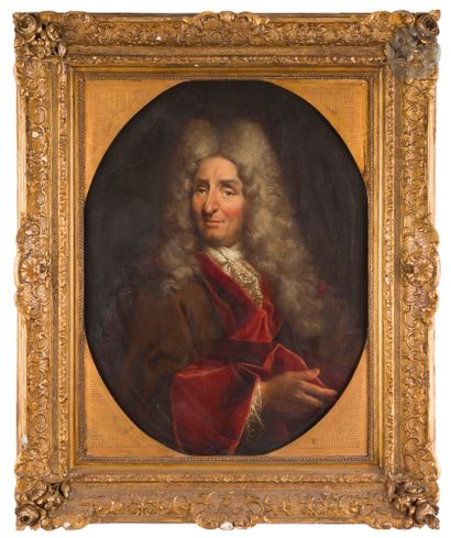Attribué à Jean RESTOUT (1663 - 1702) Portrait d'homme au manteau rouge Toile ovale...