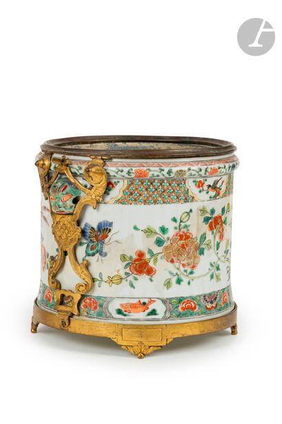 Rafraîchissoir en porcelaine Famille Verte...