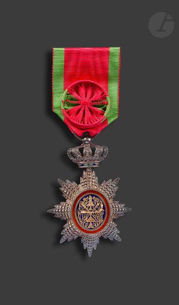 CAMBODGE ORDRE ROYAL DU CAMBODGE Étoile d'officier....
