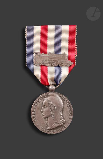 FRANCE Médaille d'honneur des chemins de...