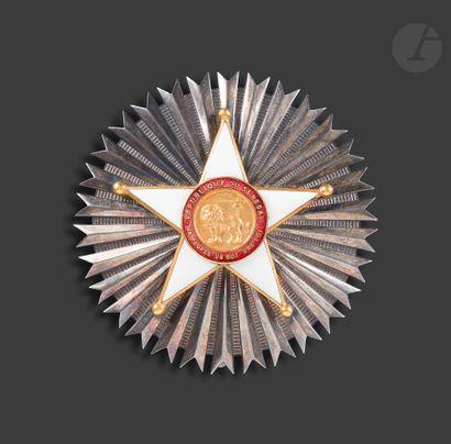 SÉNÉGAL ORDRE NATIONAL DU LION Plaque de grand-croix. En bronze argenté, doré et...