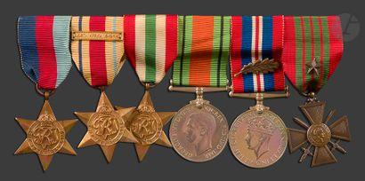 GRANDE-BRETAGNE Barrette de six médailles...
