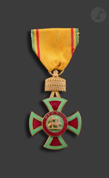 ÉTHIOPIE ORDRE DE MÉNÉLIK Ier Croix de chevalier...