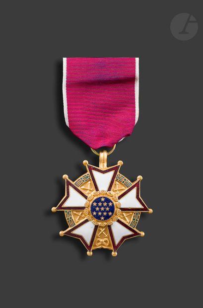 U.S.A. LEGION OF MERIT Étoile de commandeur,...