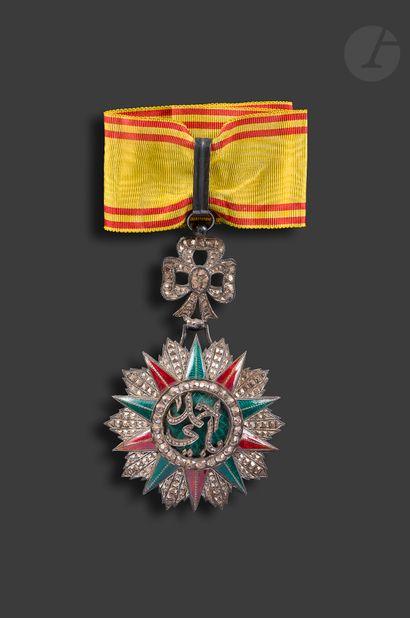 TUNISIE ORDRE DU NICHAN IFTIKHAR. Croix de...