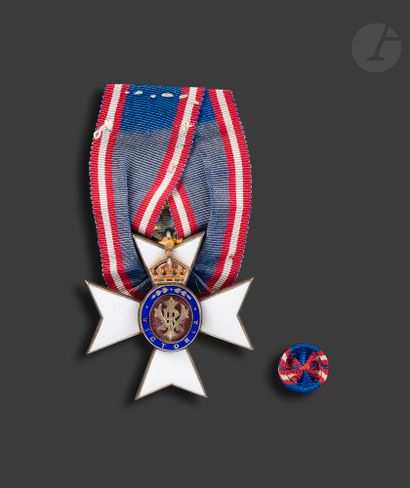 GRANDE-BRETAGNE ORDRE ROYAL DE VICTORIA Croix...