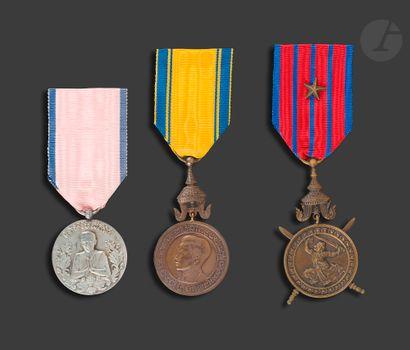 CAMBODGE Trois médailles : - défense nationale....