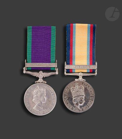 GRANDE-BRETAGNE Deux médailles du règne d'Elisabeth...