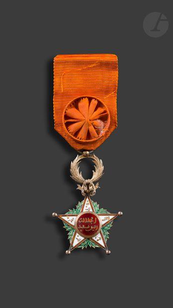 MAROC ORDRE DU OUISSAM ALAOUITE Étoile d'officier...