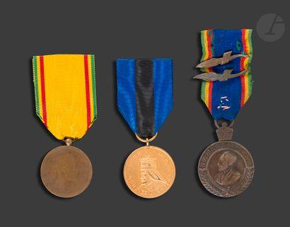 ÉTHIOPIE Trois médailles : - commémorative...