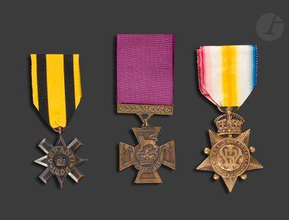 VICTORIA Trois médailles : - ASHANTI STAR...