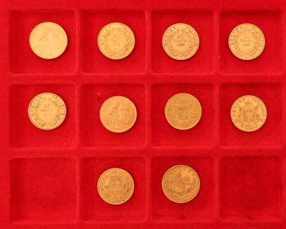 Lot de 10 pièces en or (9/10 françaises),...