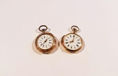 Lot composé de 2 montres de col en or 18K...