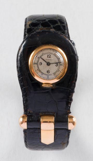Hermès. Vers 1940.  N°13776  Montre bracelet...