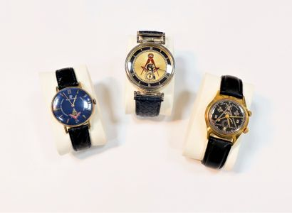 Lot de 3 montres bracelet d'homme maçoniques...