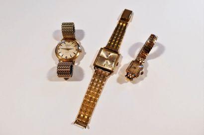 Lot composé de 3 montres bracelet en or 18K...