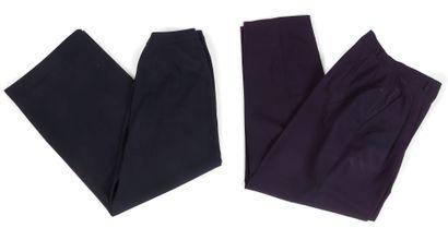 Yves Saint Laurent Rive Gauche  4 pantalons taille haute en lainage bleu marine...