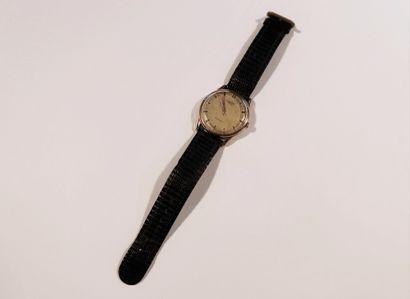 UNIVERSAL  N°1290364  Montre bracelet pour...