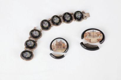 Bracelet en argent articulé de motifs ovales sertis de micromosaïques polychromes...