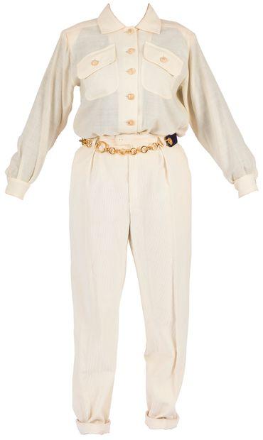 Yves SAINT LAURENT Rive Gauche (5 pièces)  Lot : 1 tailleur jupe en lainage noir...