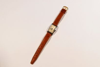 LIP  Montre bracelet pour homme en acier,...