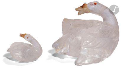 Canne et son petit En cristal de roche gravé....