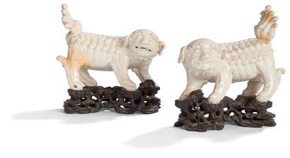 INDOCHINE, vers 1900 Paire de statuettes...