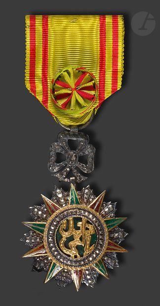 TUNISIE ORDRE DU NICHAN IFTKHAR Étoile d'officier,...