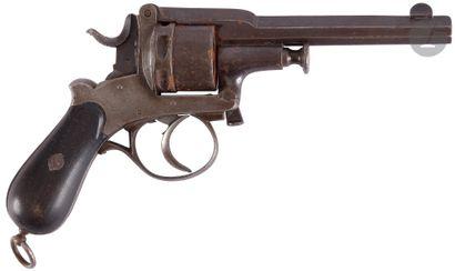 Revolver à système Spirlet, six coups, calibre...