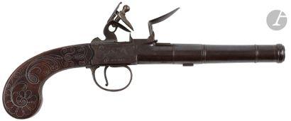 Long pistolet britannique à silex à coffre,...