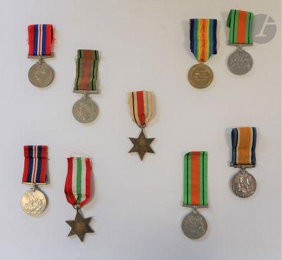 GRANDE-BRETAGNE Ensemble de neuf dont médaille...
