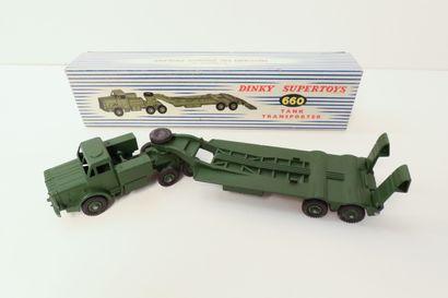 DINKY SUPERTOYS  Ensemble de 2 véhicules...