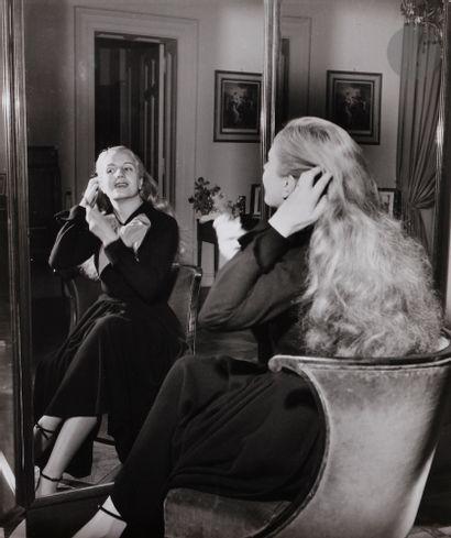 Gisèle Freund (1908-2 000) Eva Peron, 1950....