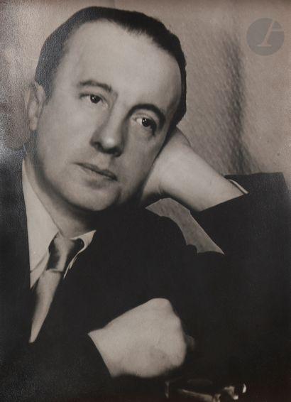 Gisèle Freund (1908-2 000) Paul Éluard. Paris,...