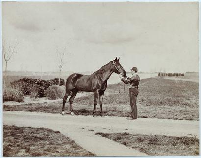 Photographe non identifié Jockey et son cheval,...