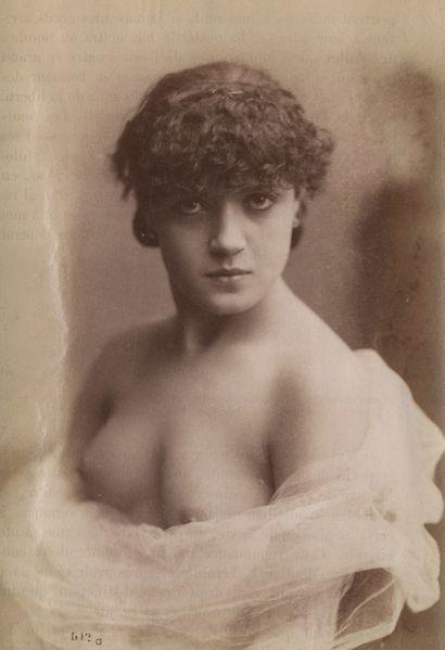 Photographe non identifié Nu féminin, c....