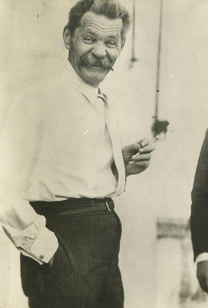 Charles Delius (1877-1962) Maxime Gorki malade...