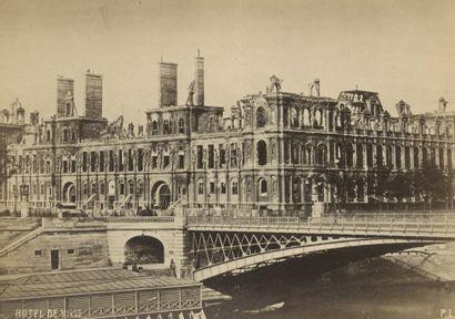Philip Loubère Ruines de Paris, 1871. Monuments et édifices incendiés et détruits...
