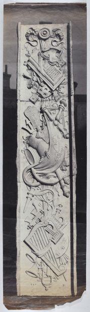 Édouard Baldus (attribué à) Prise de vue sculptures hauts reliefs sur balcon, c....