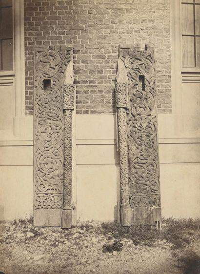 Knud Knudsen (1832-1915) Norvège, c. 1880. Linteau et Portail. Deux épreuves sur...