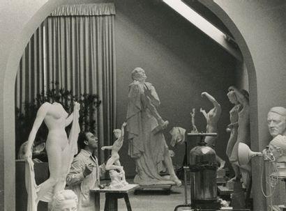 Charlotte Rohrbach (1902-1981) Sculptures...