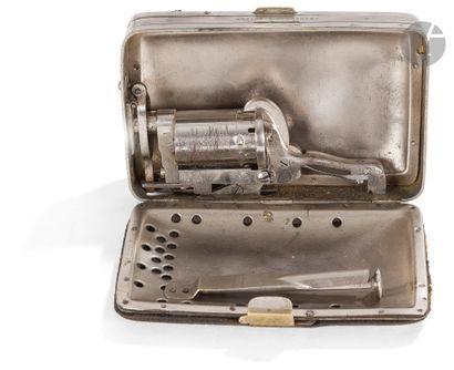 Rare porte-monnaie revolver à broche système « Frankenau », cinq coups, calibre...