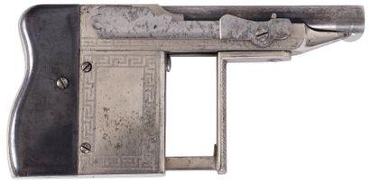 Pistolet à système type « Rouchouse » à réarmement...